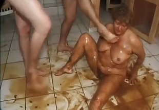 hot blonde shit lovers movies